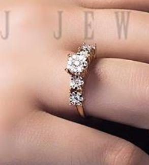 Five Flower Rose Gold Brillian Ring-MainImage