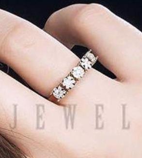Rose Gold Five Flower Brillian Ring-MainImage