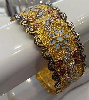 دستبند طرح گل-MainImage