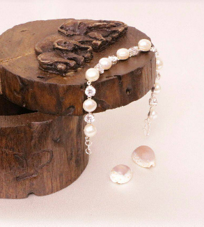 Pearl Silver Bracelet-MainImage