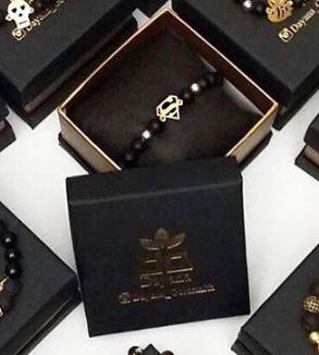 انواع دستبند سنگ و طلا-Image2